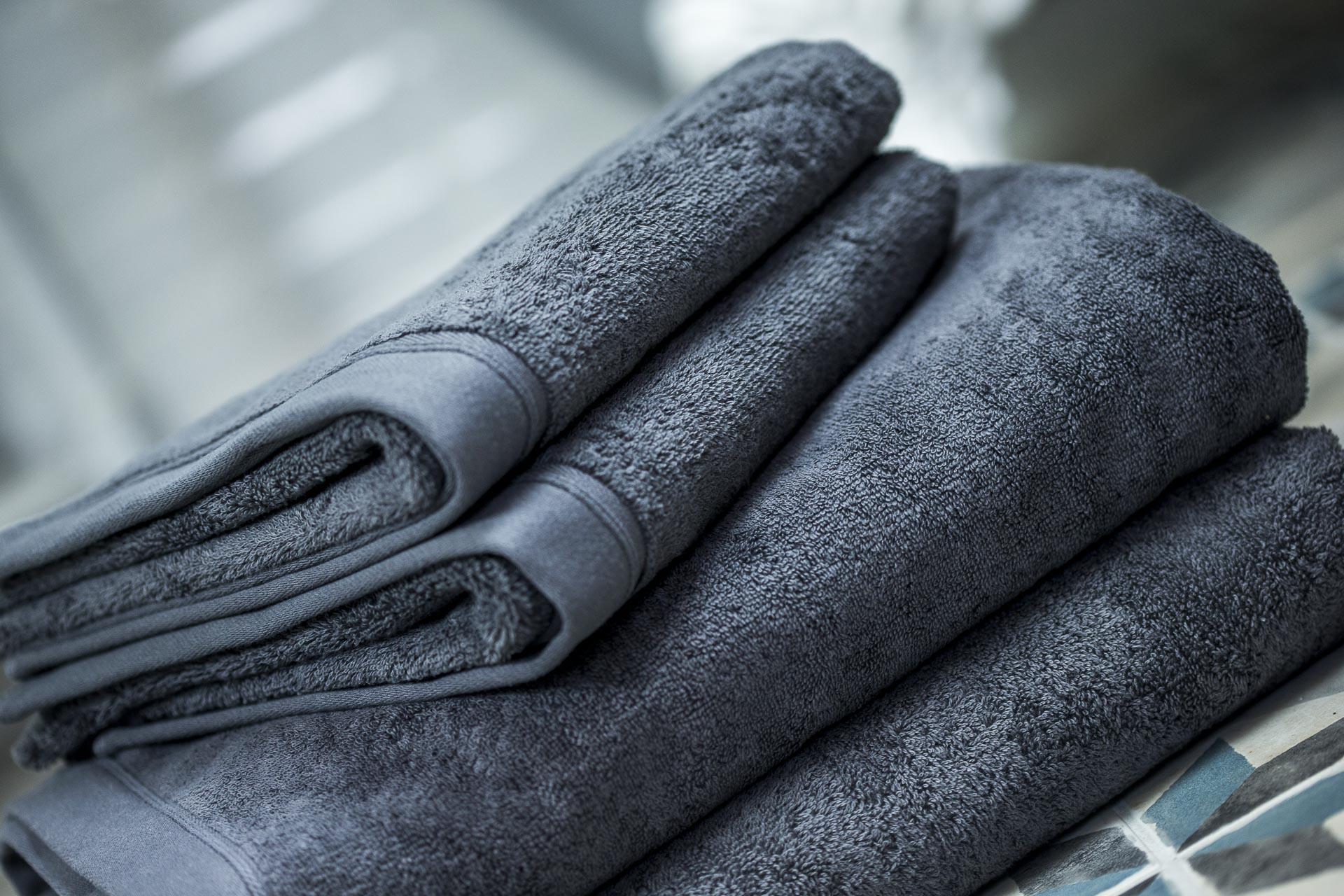 Parure de bain éponge haut de gamme Piana anthracite Luxe Linen